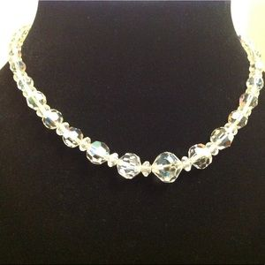 Jewelry - VINTAGE GLASS BEAD NECKLACE 15 INCHES